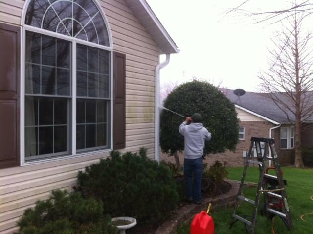 Gutter Cleaning Girardeau Mo Mondragon Lawn Service